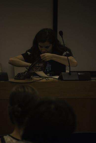 Florencia Edwards presentando Oceana